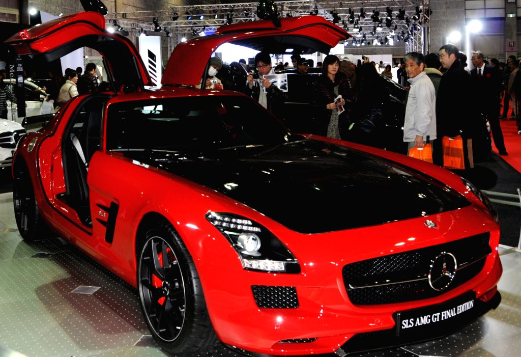 A Mercedes-Benz car is displayed at the 8th Osaka Auto Exhibition in Osaka, Japan, Dec. 20, 2013. Some 305 vehicles from 288 manufacturers attended the four-day .