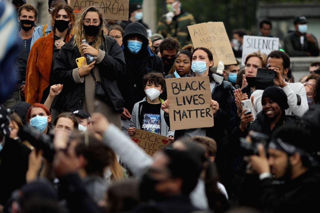 Over 100 arrested in violent London protests