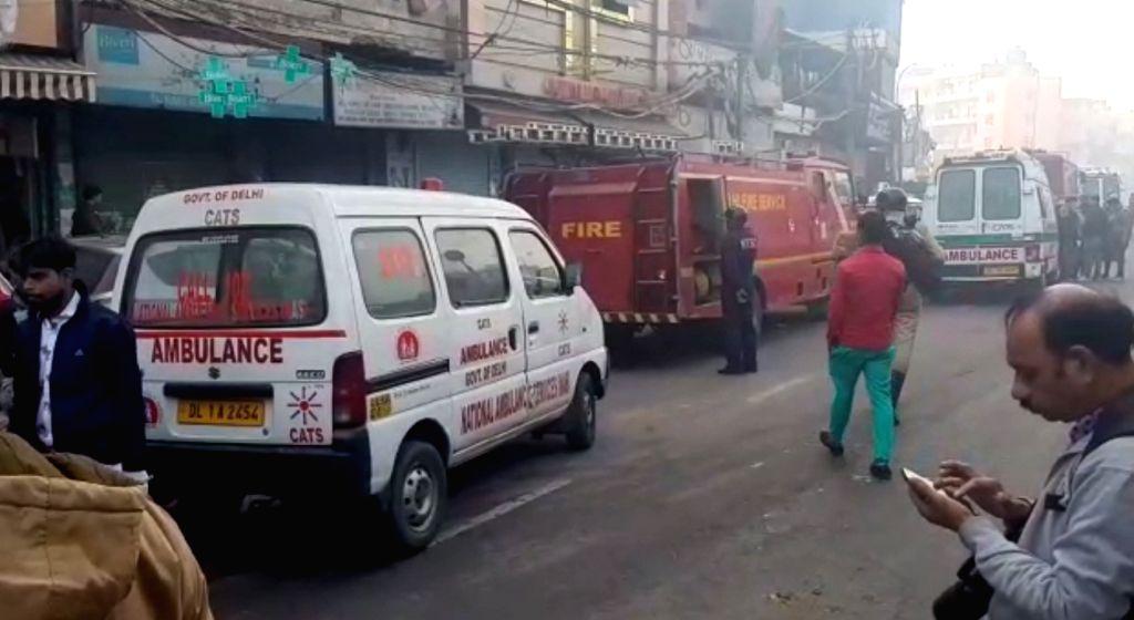 Over 30 dead in Delhi fire.