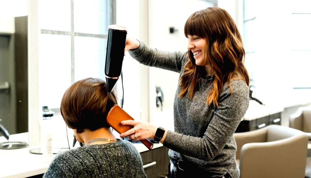 Overstyling hair -prevent damage with these tips