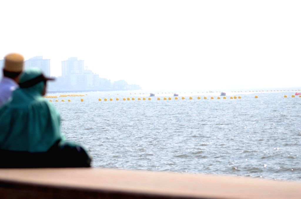 P1 Powerboat drivers participate during P1 Powerboat Indian Grand Prix of the Seas qualifier round in Mumbai, on March 3, 2017.