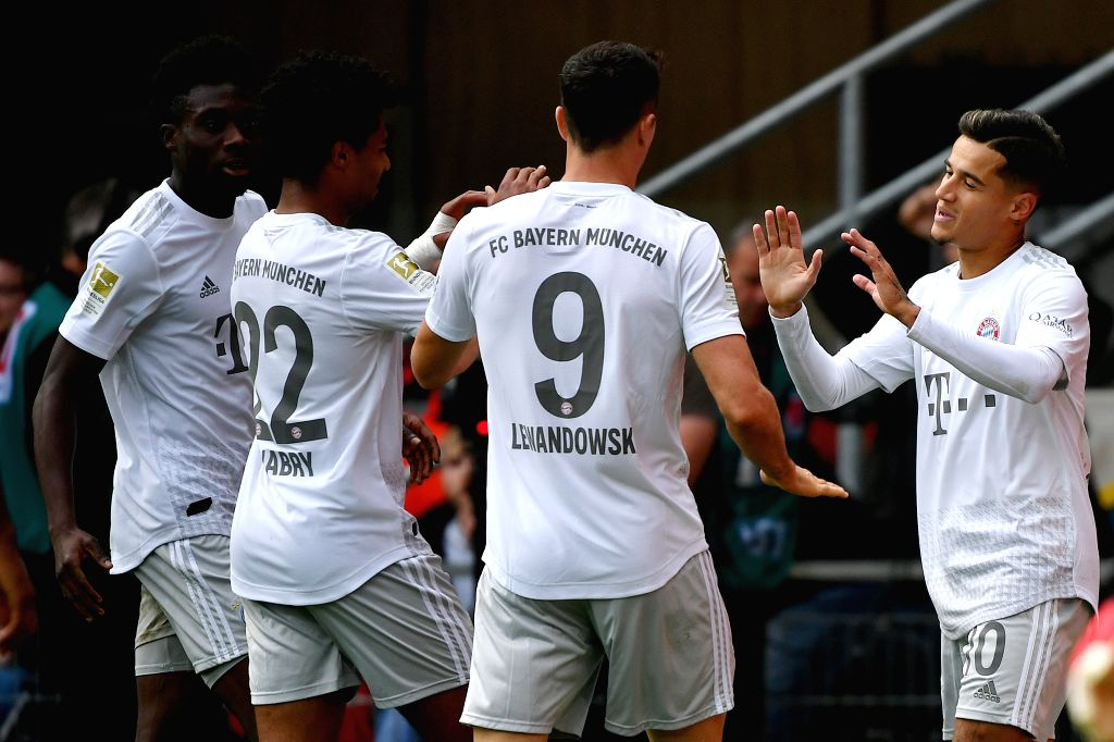 PADERBORN, Sept. 29, 2019 - Philippe Coutinho (1st, R) of Bayern Munich celebrates with his teammates after scoring during a German Bundesliga soccer match between SC Paderborn 07 and FC Bayern ...