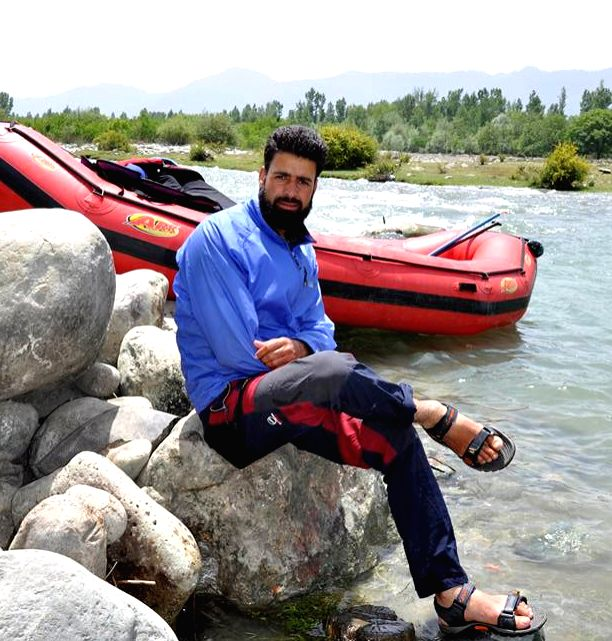 Pahalgam: Rouf Ahmad Dar, who went missing while rescuing five tourists, including foreigners, when their boat capsized in the Lidder river on 31st May. (File Photo: IANS)