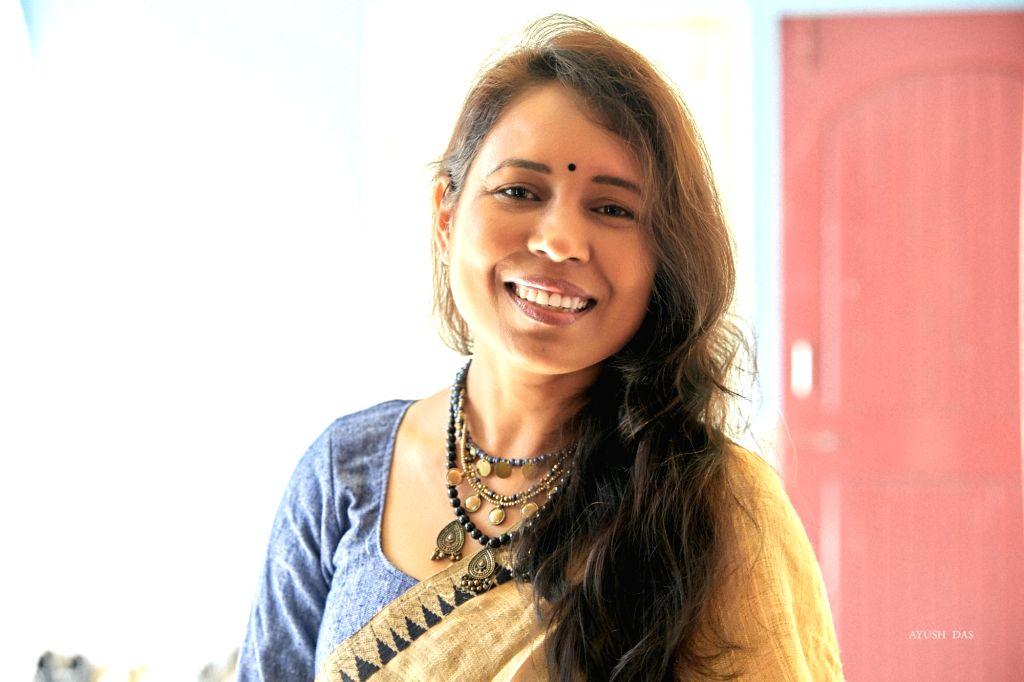 Painting a film, like Rima Das.