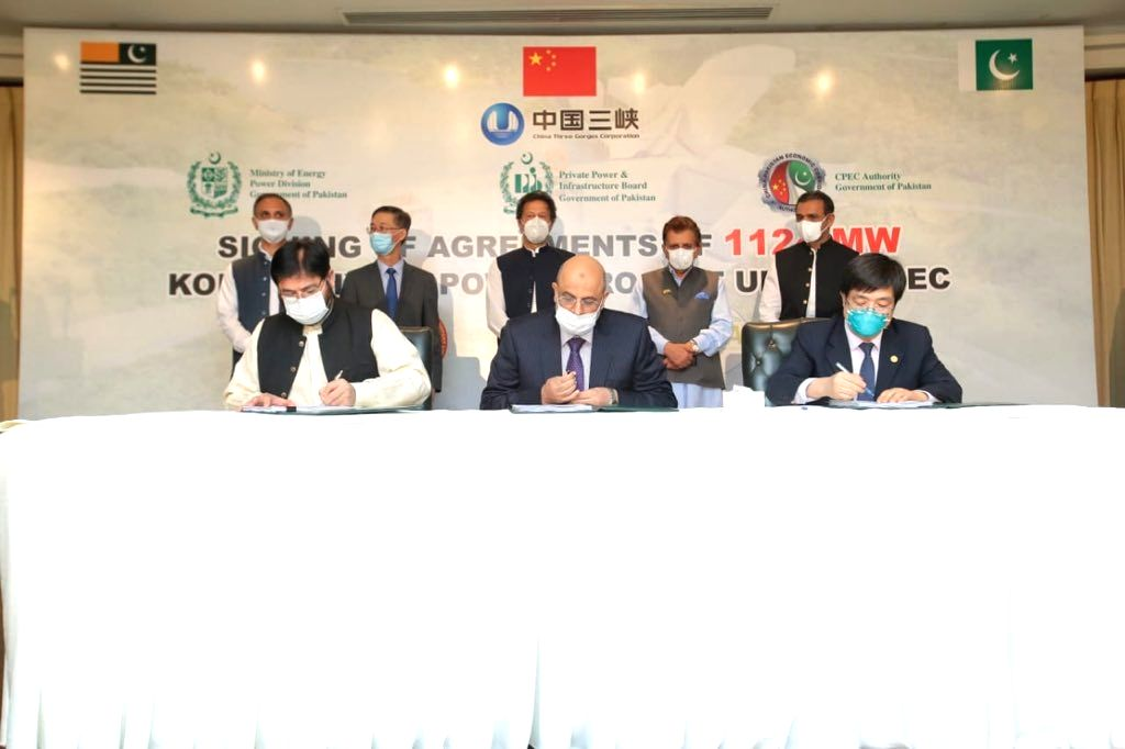 Pak signs $2.4bn hydrapower project with China, Kashmiris irked.
