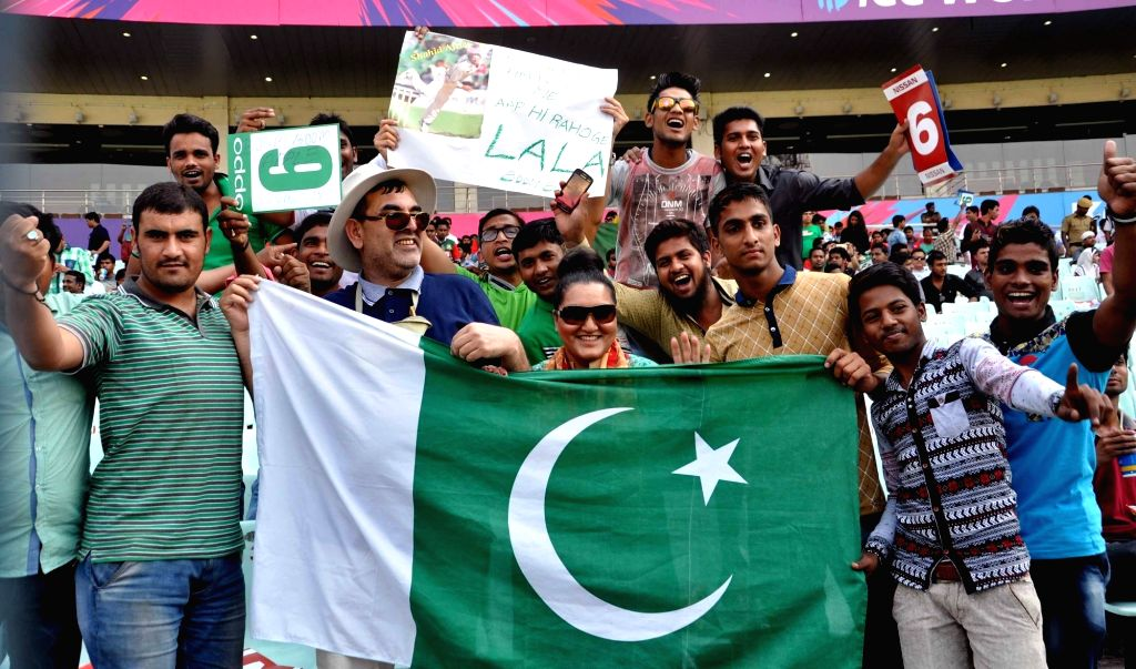 Pakistan fans. (File Photo: Kuntal Chakrabarty/IANS)