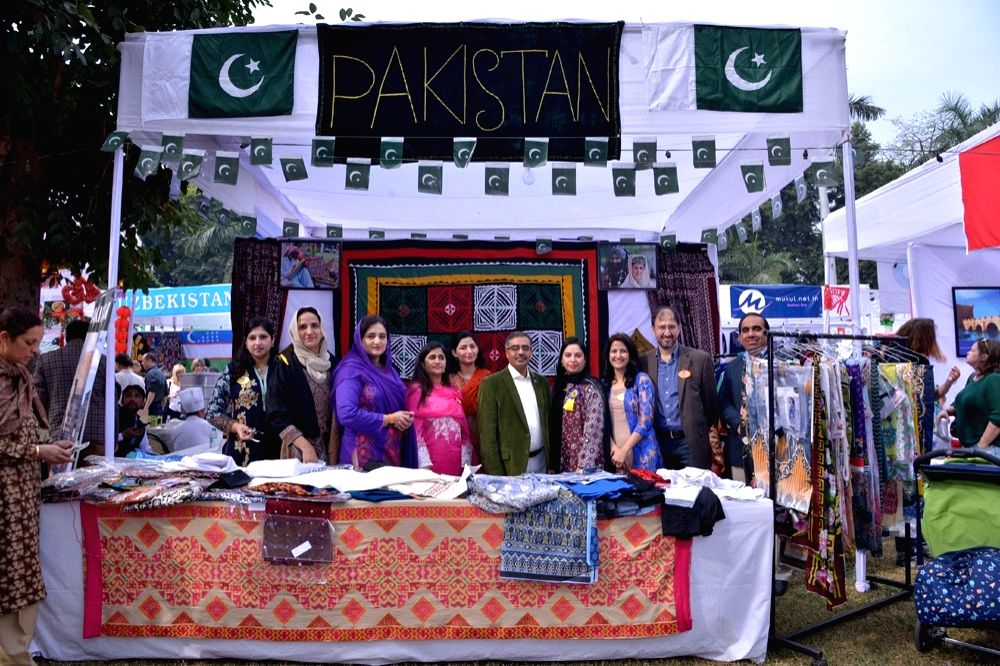 Pakistan High Commission participates in charity event in New Delhi