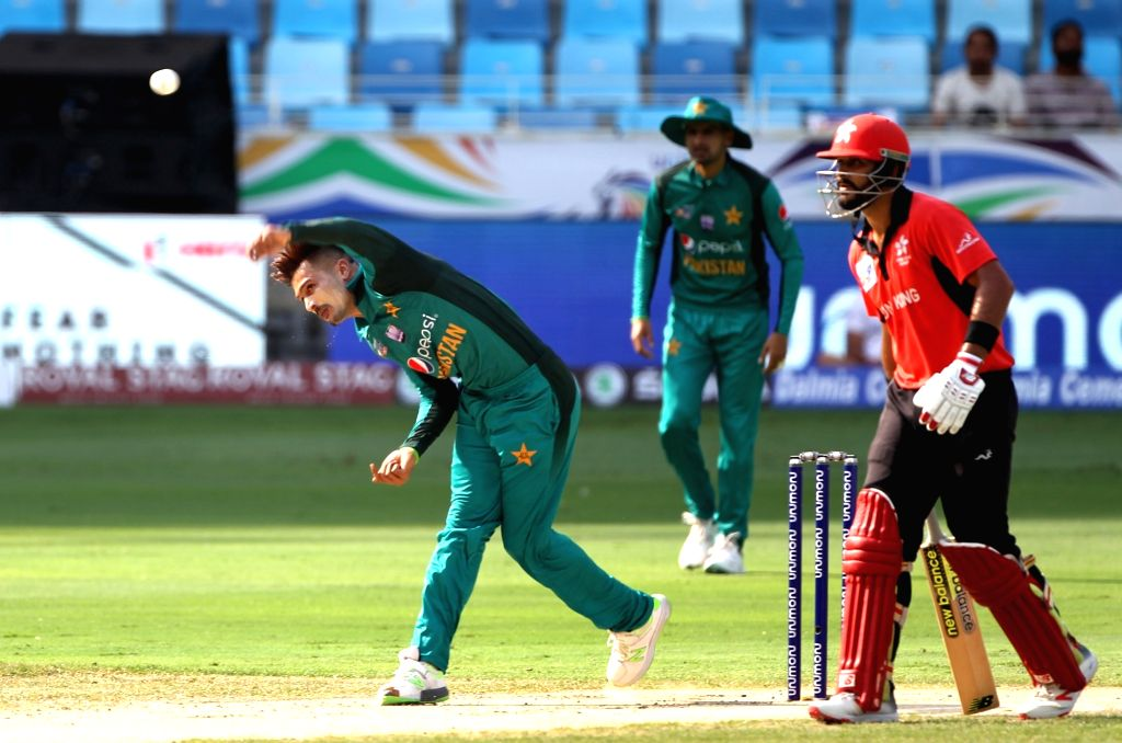 Pakistan's Mohammad Amir in action during the second match (Group A) of Asia Cup 2018 between Hong Kong and Pakistan at Dubai International Cricket Stadium on Sept 16, 2018.