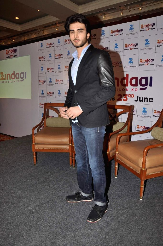 Pakistani television actor Imran Abbas during the launch of new Television channel Zindagi by Zee group in Mumbai June 16, 2014. - Imran Abbas