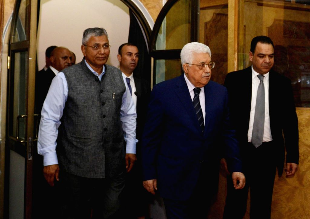 Palestinian President Mahmoud Abbas visits the Centre for Development of Advanced Computing in Noida, on May 15, 2017.