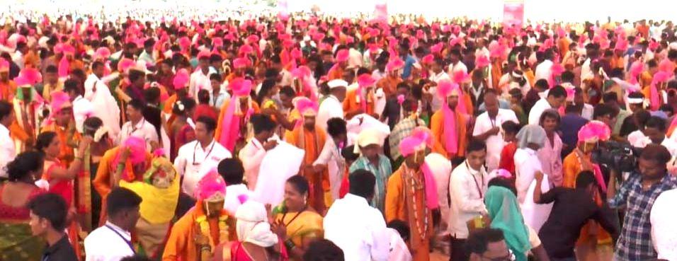 Palghar: Maharashtra's biggest tribals mass marriage of 500 couples underway in Maharashtra's Palghar on Feb 9, 2019. (Photo: IANS)