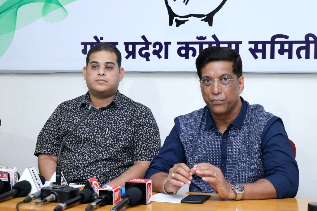 Panaji: Congress leader Yatish Naik addresses a press conference in Panaji on May 17, 2018. Also seen Agnelo Fernandes. (Photo: IANS) - Agnelo Fernandes