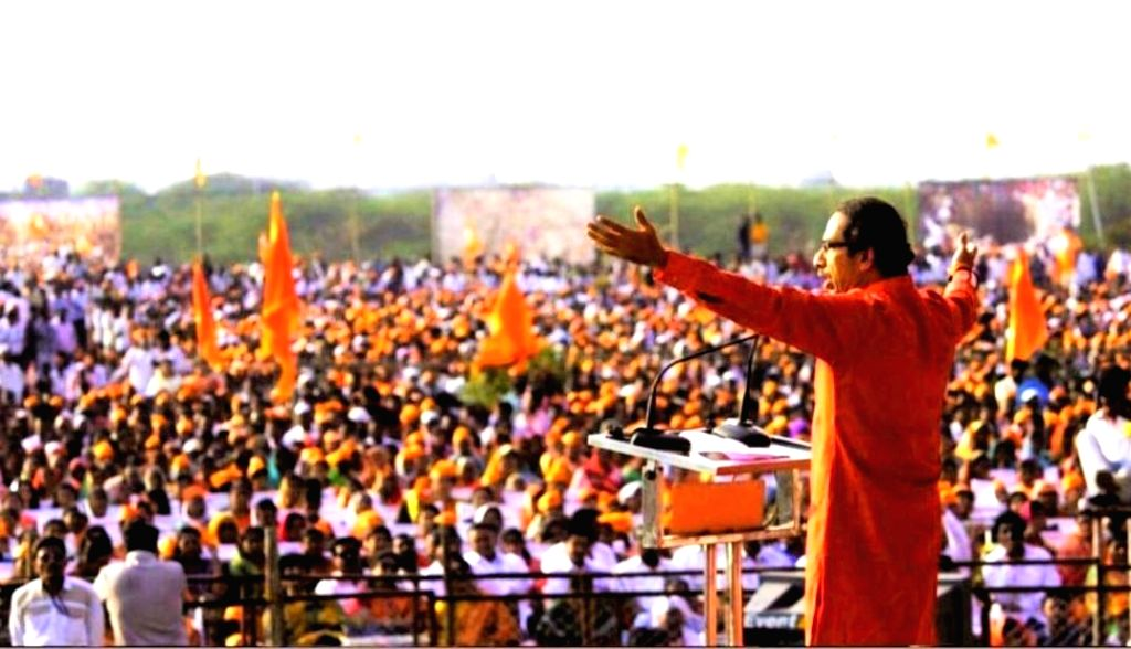 Pandharpur: Shiv Sena President Uddhav Thackeray addresses during a party rally in Pandharpur of Maharashtra's Solapur district on Dec 24, 2018. (Photo:IANS)