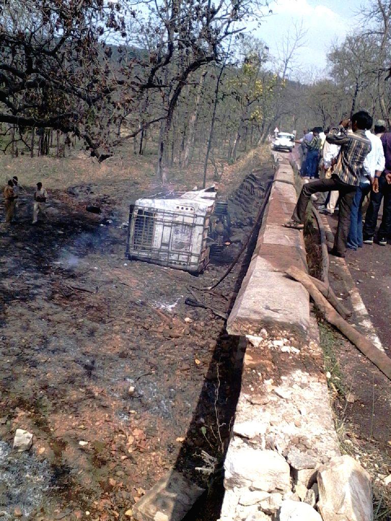 The bus that skidded off the road and caught fire in Madhya Pradesh's Panna district on May 4, 2015.  At least 21 people were burnt to death.