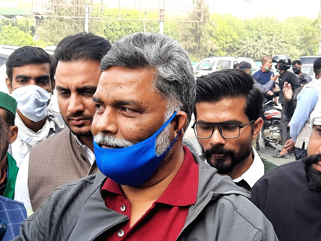Pappu  yadav at gazipur border.