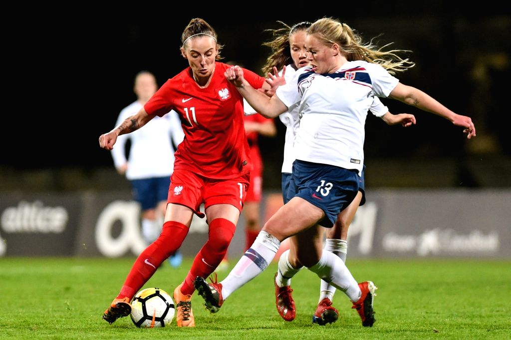 PARCHAL, March 7, 2019 - Therese Sessy Asland (R) of Norway vies with Ewelina Kamczyk of Poland during the first-place final between Norway and Poland at the 2019 Algarve Cup women's soccer ...