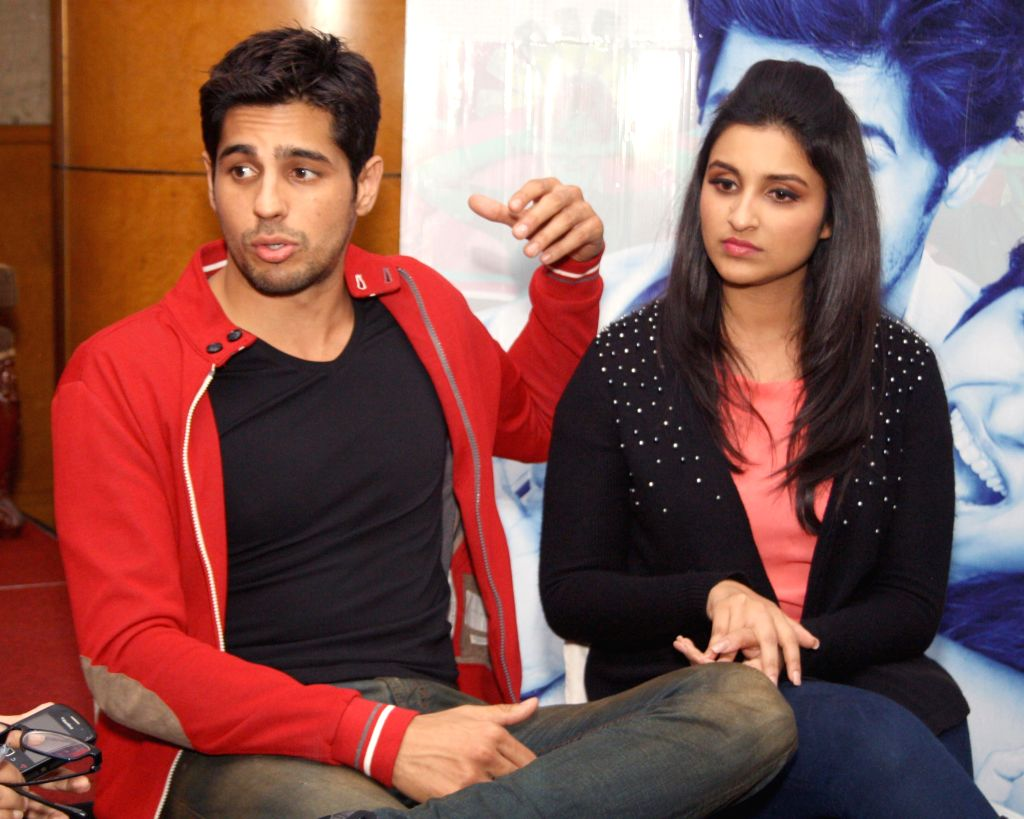 Parineeti Chopra and Sidharth Malhotra. (Photo: Amlan Paliwal/IANS) - Parineeti Chopra and Sidharth Malhotra