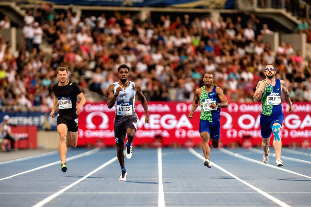 PARIS, Aug. 25, 2019 - Noah Lyles (2nd L) of the United States competes during the men's 200m final at the IAAF Diamond League in Paris, France, on Aug. 24, 2019.