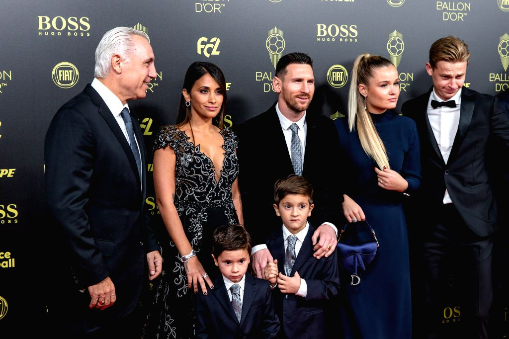 PARIS, Dec. 3, 2019 - Former Barcelona forward Hristo Stoichkov (1st L), Barcelona's Argentinian forward Lionel Messi (3rd L) and his wife Antonella Roccuzzo (2nd L) arrive to attend the Ballon d'Or ...