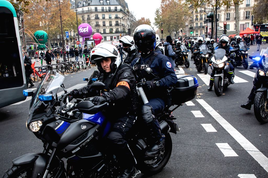 PARIS, Dec. 5, 2019 (Xinhua) -- Police patrol the city during a strike in Paris, France, Dec. 5, 2019. Train and metro stations are deserted, schools closed and many aircrafts grounded across French cities on Thursday as the country's labor unions st