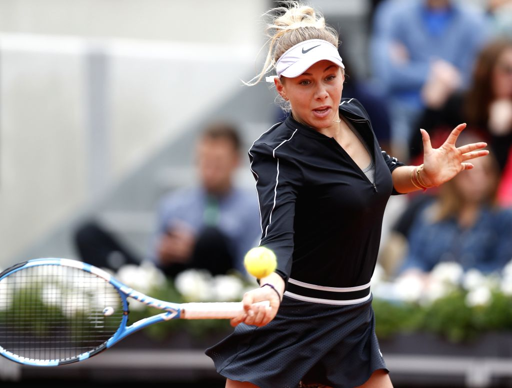 PARIS, Jun. 7, 2019 - Amanda Anisimova of the United States competes during the women's singles semifinal match with Ashleigh Barty of Australia at French Open tennis tournament 2019 at Roland ...