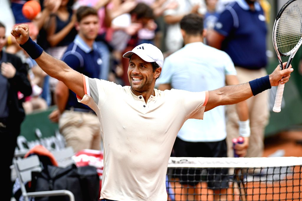PARIS, June 1, 2018 - Fernando Verdasco of Spain greets the spectators after winning the men's singles third round match against Grigor Dimitrov of Bulgaria at the French Open Tennis Tournament 2018 ...