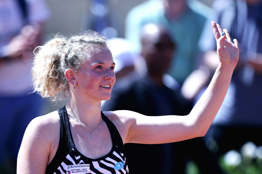 PARIS, June 1, 2019 - Czech Republic's Katerina Siniakova greets the spectators after winning the women's singles third round match against Japan's Naomi Osaka at French Open tennis tournament 2019 ...
