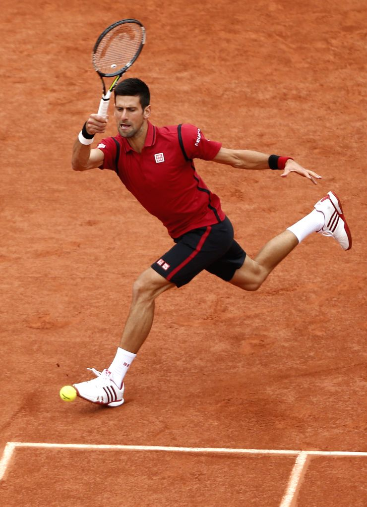 PARIS, June 5, 2016 - Novak Djokovic of Serbia returns the ball to Andy Murray of Britain during men's singles final match at the French Open tennis tournament in Paris, France, June 5, 2016.