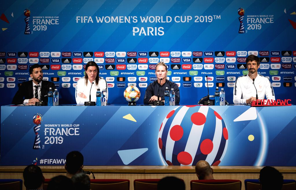 PARIS, June 6, 2019 - Head Coach Corinne Diacre (2nd L) and captain Amandine Henry (2nd R) of France attend the press conference held at the Parc des Princes in Paris, France on June 6, 2019. - Amandine Henry