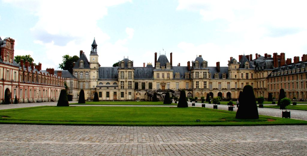 This photo taken on July 21st, 2014 shows the Chateau de Fontainebleau, southeast of Paris, France. Fifteen rare antiques were stolen on Sunday morning in the ...