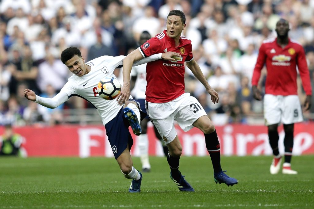 Paris, May 7 (IANS) Spanish midfielder Ander Herrera has lifted the lid from his unceremonious exit from Manchester United last season. Herrera joined French giants Paris St. Germain on a free transfer last season after contract discussions with the