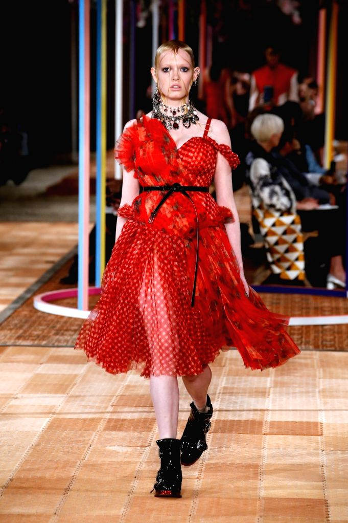 PARIS, Oct. 2, 2017 - A model presents a creation of Alexander McQueen during the fashion week for 2018 spring/summer women's collection in Paris, France, on Oct. 2, 2017.
