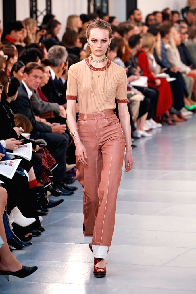 PARIS, Sept. 27, 2019 - A model presents a creation of Chloe at its Spring/Summer 2020 women's ready-to-wear collection show during Paris Fashion Week in Paris, France, Sept. 26, 2019.