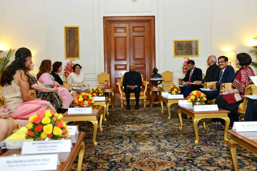 Parliamentary delegation from Mexico led by Guadalupa Murguia Gutierres calls on President Ram Nath Kovind at Rashtrapati Bhavan in New Delhi on Aug 8, 2017. - Nath Kovind