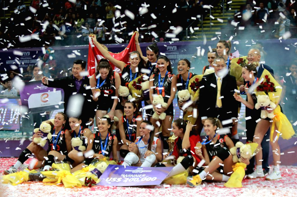 PASAY CITY, Oct. 24, 2016 - Players of Eczacibasi Vitra Istanbul celebrate after the awarding ceremony for the FIVB Women's Club World Championship 2016 in Pasay City, the Philippines, Oct. 23, 2016. ...