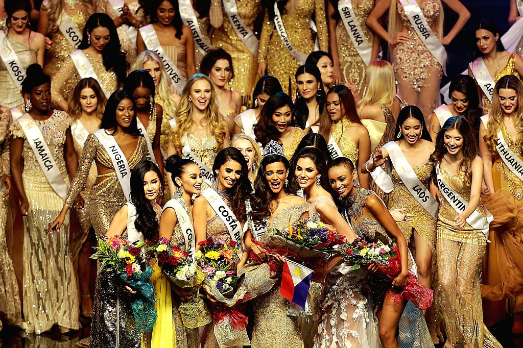 PASAY CITY (THE PHILIPPINES), Jan. 27, 2019 Miss Intercontinental Karen Gallman (3rd R, front) of the Philippines, 1st runner-up Adriana Moya Alvarado (3rd L, front) of Costa Rica, 2nd ...