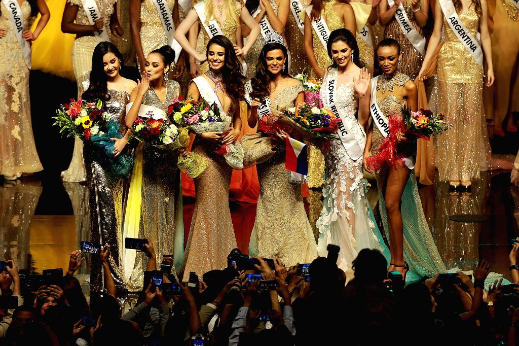 PASAY CITY (THE PHILIPPINES), Jan. 27, 2019 Miss Intercontinental Karen Gallman (3rd R) of the Philippines, 1st runner-up Adriana Moya Alvarado (3rd L) of Costa Rica, 2nd runner-up Laura ...