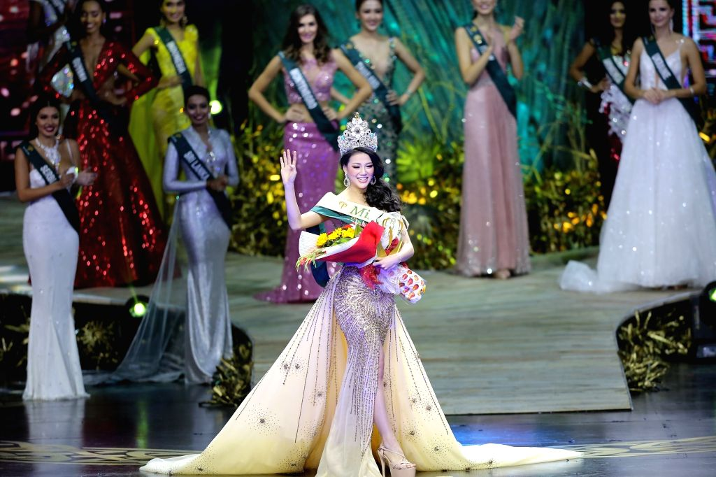PASAY CITY (THE PHILIPPINES), Nov. 3, 2018 Phuong Khanh Nguyen of Vietnam poses on stage during the coronation night of the Miss Earth 2018 in Pasay City, the Philippines, on Nov. 3, ...