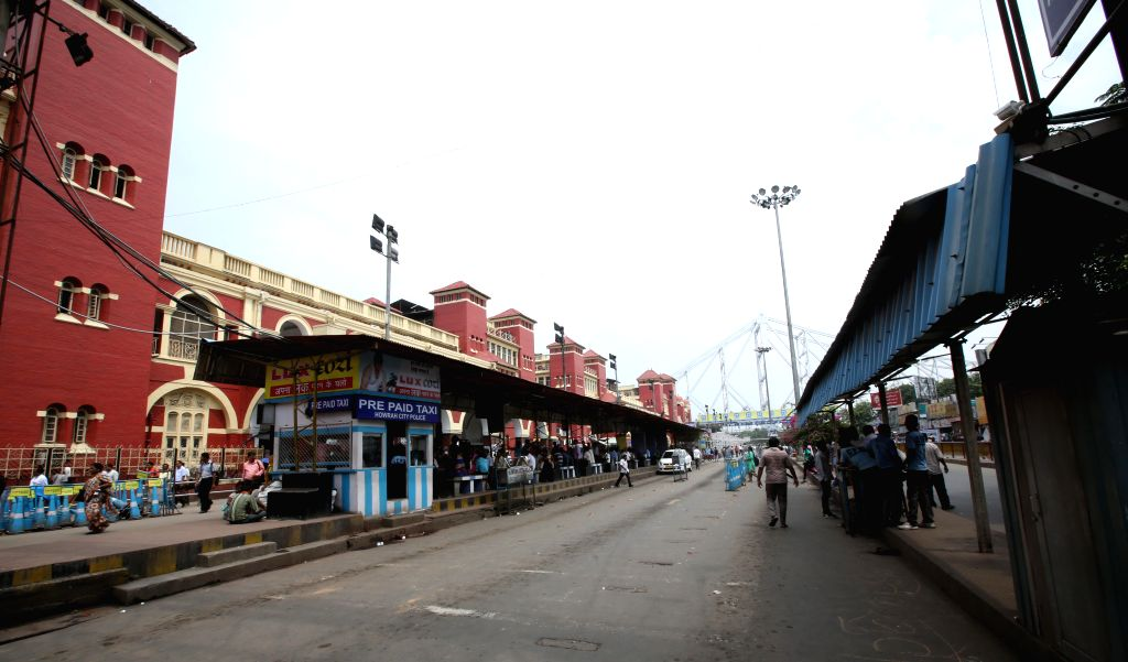 Passengers stranded at the Howrah station during a transport strike on Sept 10, 2014.