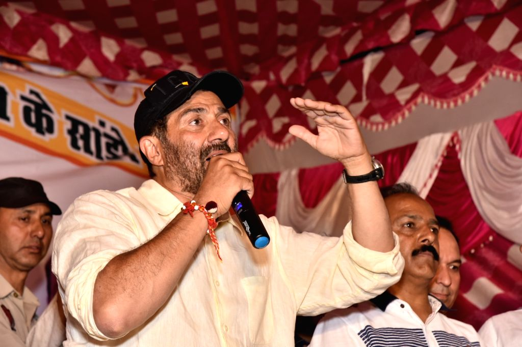 Pathankot: BJP's Lok Sabha candidate from Gurdaspur Sunny Deol during a public rally ahead of 2019 Lok Sabha elections, in Punjab's Pathankot on May 10, 2019. (Photo: IANS)
