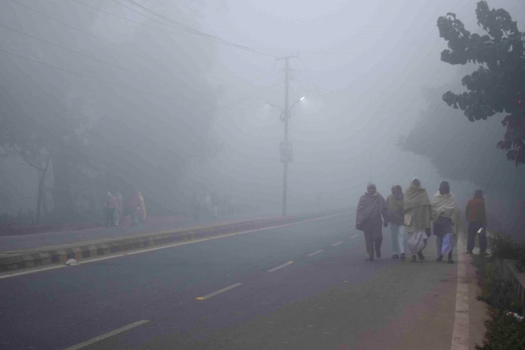 Dense fog cover over Patna on Dec 28, 2014.