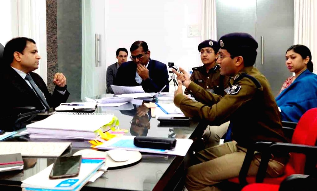 Patna Divisional Commissioner Sanjay Kumar Agarwal presides over a high-level meeting in Patna on Dec 13, 2019.