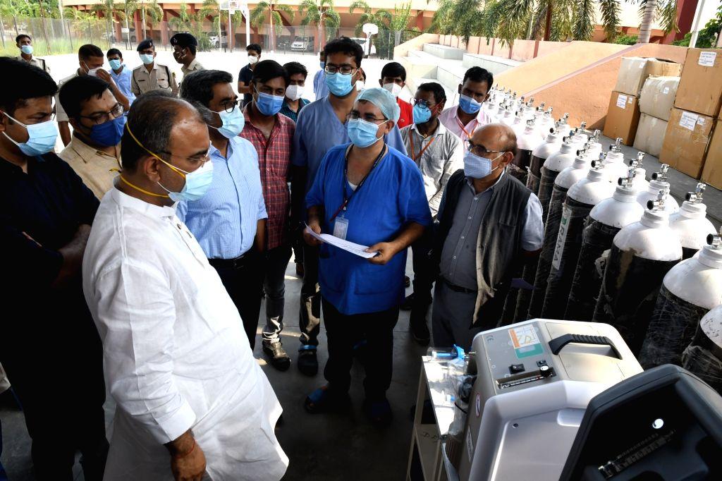 Patna : Health Minister Mangal Panda by inaugurating 24-hour Vivasan at Patliputra Sports Complex in Patna on Tuesday 08 June 2021. - Mangal Panda