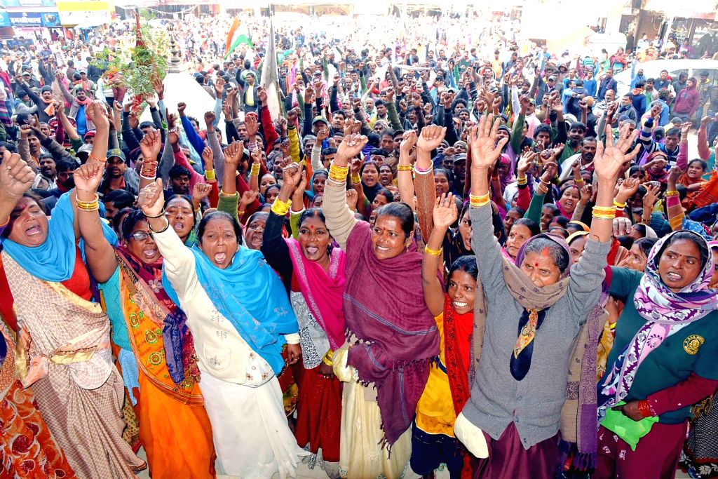 Patna Municipal Corporation (PMC) workers protest during their strike over their various demands, in Patna on Feb 5, 2020.