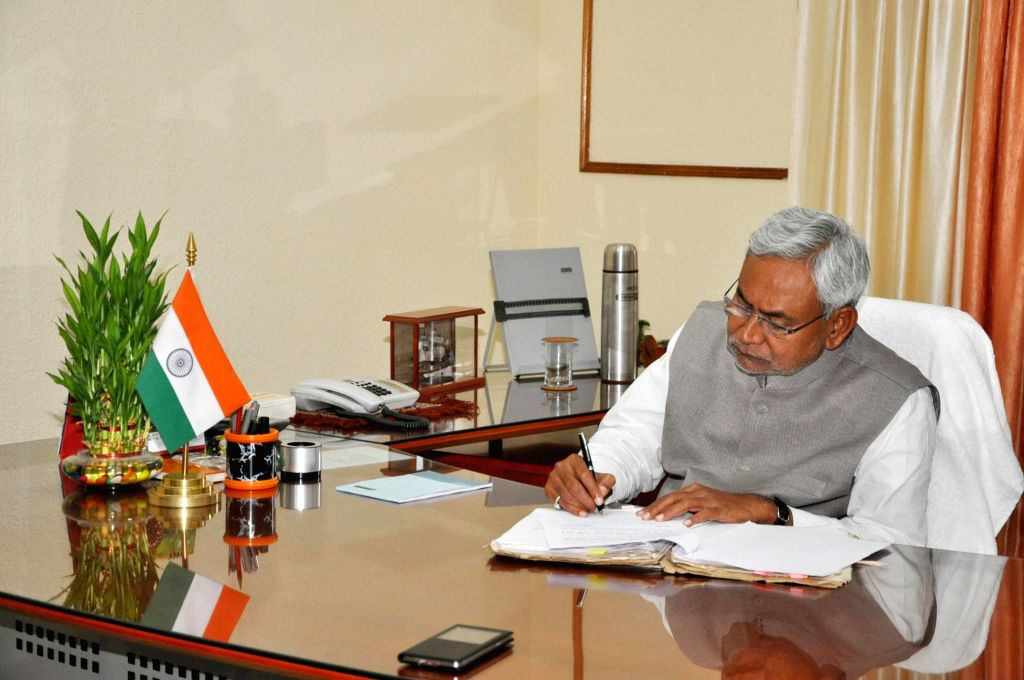 Nitish Kumar assumes charge as Bihar Chief Minister in Patna, on Feb 23, 2015.