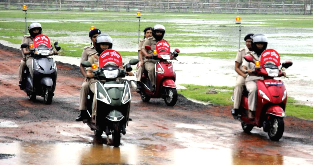 Patna Police personnel during 68th Independence Day Parade at Gandhi Maidan in Patna on Aug 15, 2014.
