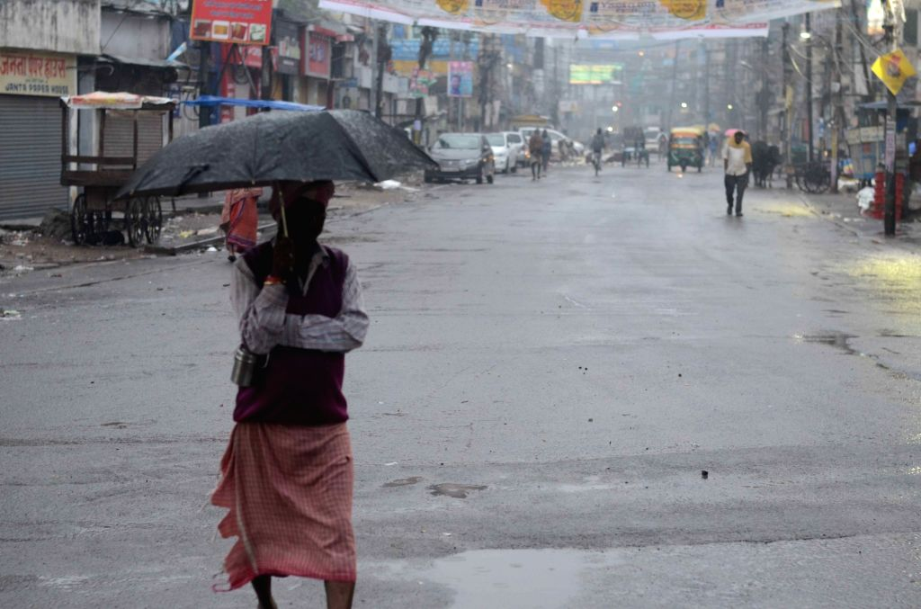 Patna witnesses rains, on Dec 13, 2019.