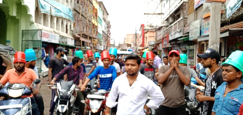 People are now becoming vocal about heavy fines introduced as part of revised traffic law in the country which is drawing wide-spread protests. It is believed that this is the reason why many states ...