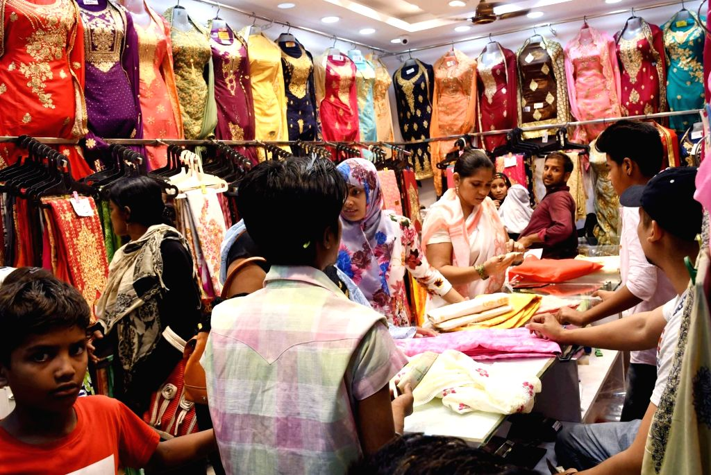 People busy shopping ahead of Eid, in Patna on May 25, 2019.