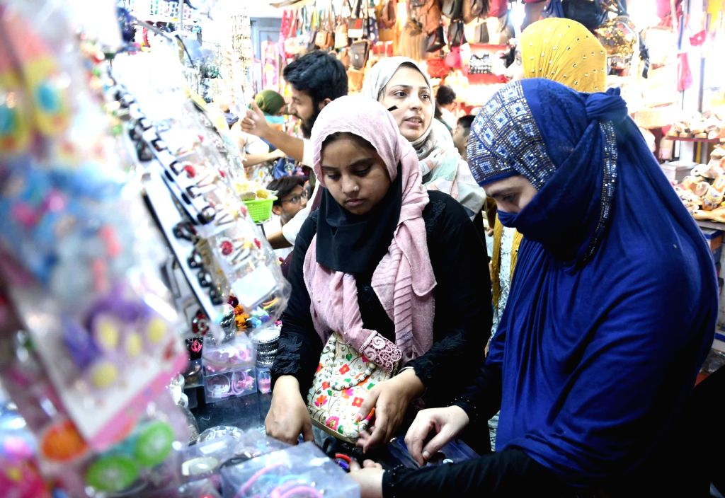 People busy shopping ahead of Eid-Ul-Fitr in Patna, on June 4, 2019.